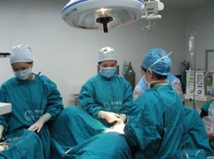 可视无痛人流手术过程 专家呼吁 正规医院是人流安全唯一保障