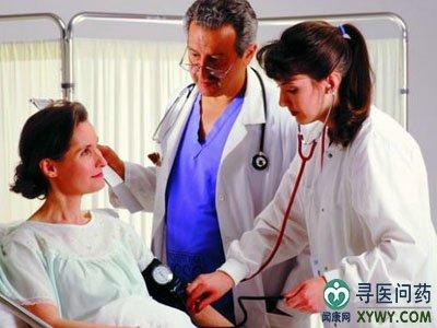 尿酸高的症状图片_脚踝痛风的症状图片_痛风的症状图片_痛风晚期的症状图片_鹊桥吧